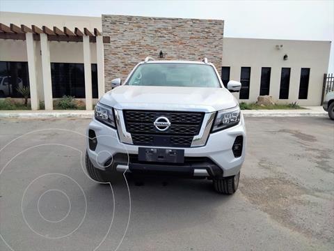 Nissan Frontier  PLATINUM usado (2021) color Plata precio $580,000