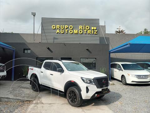 Nissan Frontier  Pro 4X 4x4 Aut  usado (2021) color Blanco precio $679,800