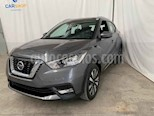 Foto venta Auto usado Nissan Kicks Advance Aut (2019) color Gris precio $274,900