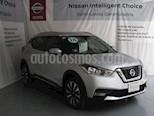 Foto venta Auto usado Nissan Kicks Advance Aut (2018) color Plata precio $275,000