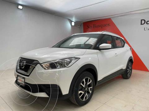 Nissan Kicks Sense usado (2019) color Blanco precio $323,000
