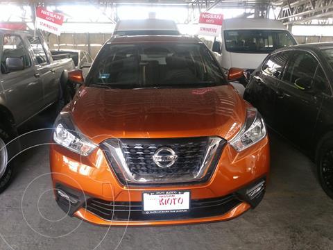 Nissan Kicks Exclusive Aut usado (2020) color Naranja Metalico precio $399,000