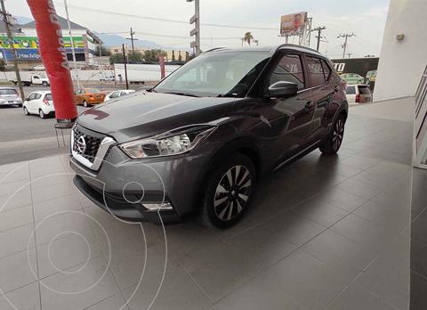 Nissan Kicks Exclusive Aut usado (2018) color Gris precio $309,000