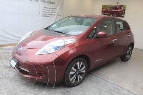 Nissan Leaf 30 kW usado (2017) color Rojo precio $299,000