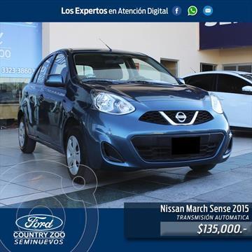 Nissan March Sense usado (2015) color Azul Electrico precio $135,000