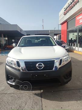 Nissan NP300 Doble Cabina SE A/A Paq. de Seg. usado (2020) color Blanco precio $350,000