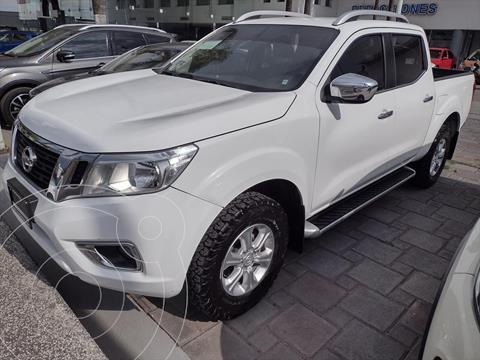 Nissan NP300 Frontier LE TM AC 6 VEL usado (2018) color Blanco precio $335,000