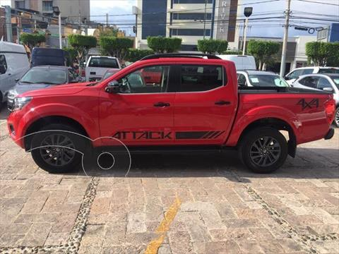 Nissan NP300 Frontier DOBLE CABINA DIESEL 4X4 TM AC PAQ SEG 6 VEL 20 usado (2020) color Rojo precio $529,000