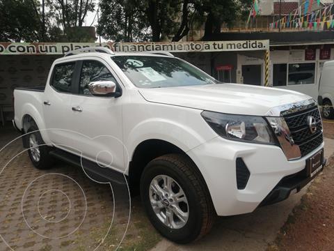 Nissan NP300 Frontier LE A/A usado (2021) color Blanco precio $516,000