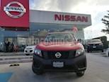 Foto venta Auto Seminuevo Nissan NP300 2.4L Chasis Dh  Paquete de seguridad (2017) color Rojo precio $250,000
