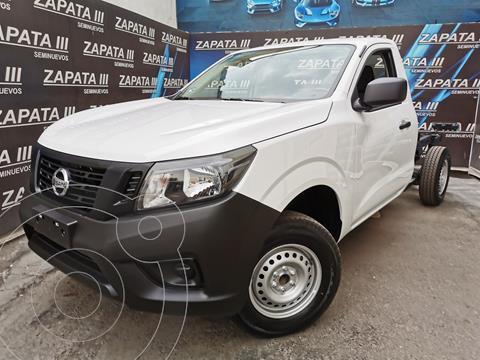 Nissan NP300 2.5L Chasis Cabina Dh A/A Paquete de Seguridad usado (2020) color Blanco precio $345,000