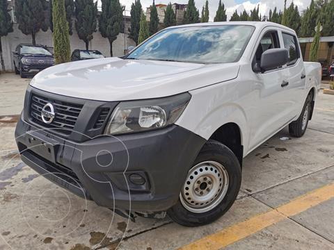 Nissan NP300 2.4L Doble Cabina SE A/A Paquete de Seguridad usado (2019) color Blanco precio $354,000