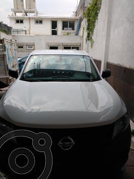 Nissan NP300 2.5L Pick-up Dh A/A Paquete de Seguridad usado (2018) color Blanco precio $269,000