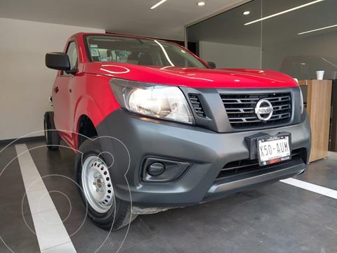 Nissan NP300 2.5L Chasis Cabina Dh A/A Paquete de Seguridad usado (2018) color Rojo precio $239,800