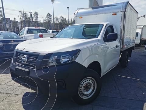 Nissan NP300 2.4L Chasis  usado (2017) color Blanco precio $290,000