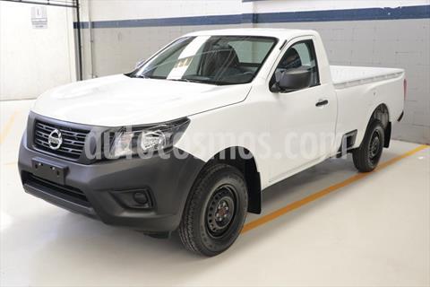 Nissan NP300 PICK UP T/M DH AC PAQ SEG 6 VEL 20 usado (2020) color Blanco precio $285,500
