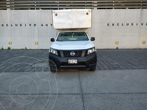 Nissan NP300 2.5L Chasis Cabina Dh usado (2020) color Blanco precio $339,900