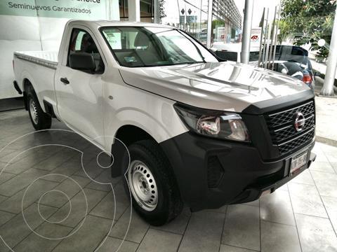 Nissan NP300 2.5L Pick-up Dh A/A usado (2021) color Blanco precio $379,900