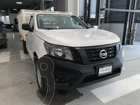 Nissan NP300 2.5L Estacas Dh usado (2016) color Blanco precio $250,000