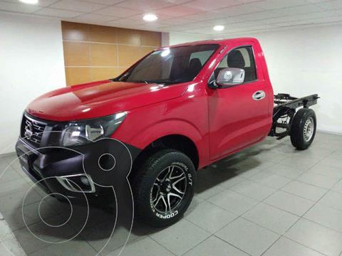 Nissan NP300 Version usado (2019) color Rojo precio $285,000