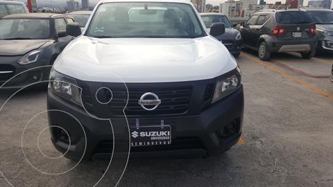 Nissan NP300 2.5L Pick-up Dh A/A usado (2020) color Blanco precio $327,000