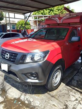 Nissan NP300 2.5L Chasis Cabina Dh usado (2017) color Rojo precio $260,000