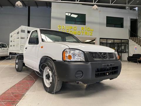 Nissan NP300 2.4L Chasis Dh usado (2010) color Blanco precio $139,000