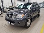 Foto venta Auto usado Nissan Pathfinder 5p LE V6/4.0 Aut 4x4 (2011) color Gris precio $199,000