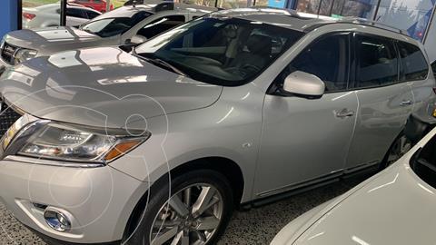 Nissan Pathfinder Exclusive Plus usado (2014) color Plata financiado en cuotas(anticipo $9.000.000 cuotas desde $1.645.000)