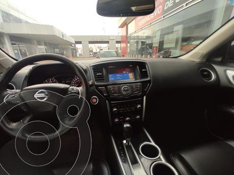 Nissan Pathfinder Advance usado (2015) color Gris Oscuro precio $295,000