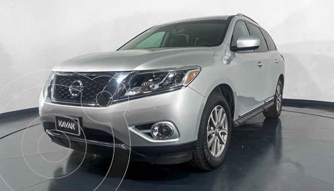 Nissan Pathfinder Advance usado (2015) color Plata precio $349,999