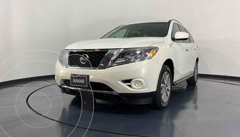 Nissan Pathfinder Sense usado (2014) color Blanco precio $257,999