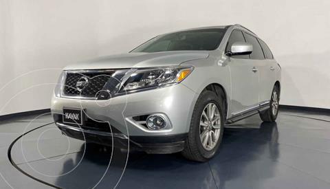 Nissan Pathfinder Advance usado (2015) color Plata precio $354,999