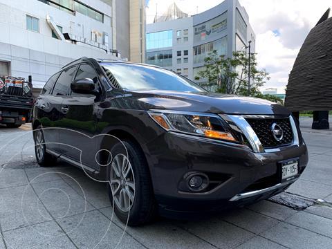 Nissan Pathfinder Sense usado (2016) color Bronce precio $274,900