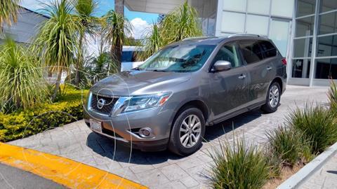 Nissan Pathfinder Sense usado (2016) color Gris Oscuro precio $350,000
