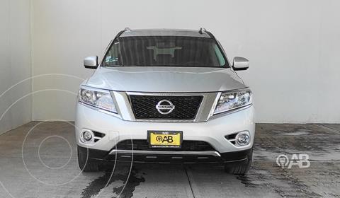 Nissan Pathfinder Exclusive 4x4 usado (2015) color Plata Dorado precio $310,000
