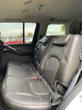 Nissan Pathfinder SE 4x2 Premium usado (2011) color Blanco precio $150,000