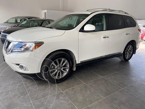 Nissan Pathfinder Advance usado (2014) color Blanco precio $275,000