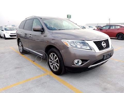 Nissan Pathfinder Advance usado (2013) color Cafe precio $215,000