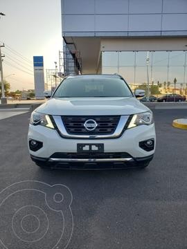 Nissan Pathfinder Advance usado (2018) color Blanco precio $550,700