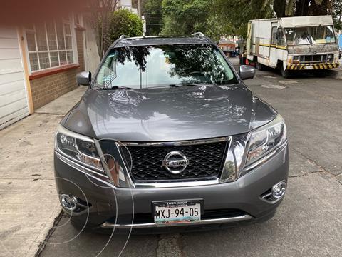 Nissan Pathfinder Exclusive usado (2016) color Gris Oxford precio $310,000