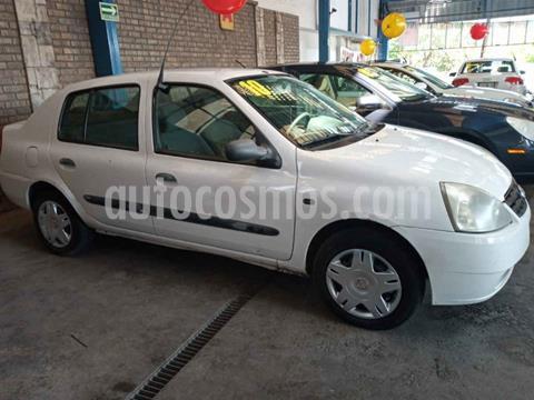 Nissan Platina Custom AC usado (2010) color Blanco precio $55,000
