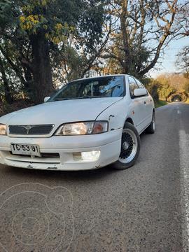 Nissan Primera GXE 2.0L Aut usado (1999) color Blanco precio $3.900.000