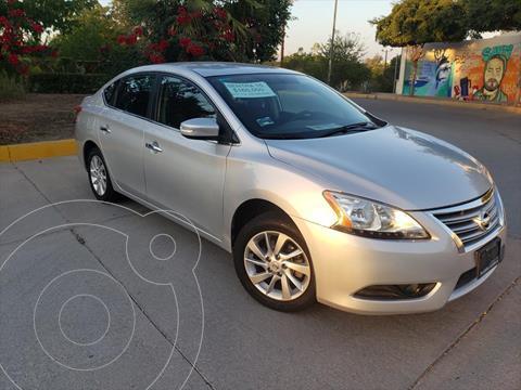 Nissan Sentra ADVANCE CVT usado (2015) color Plata precio $165,000