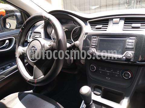 Nissan Sentra Advance usado (2017) color Gris Oxford precio $190,500