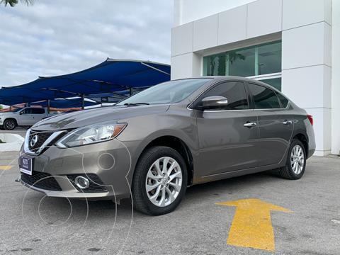 Nissan Sentra Advance usado (2017) color Cafe precio $258,200