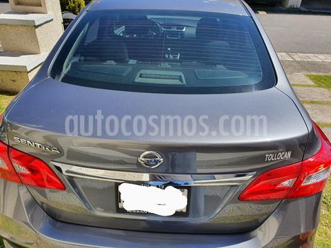 Nissan Sentra Advance usado (2019) color Gris Oxford precio $240,000
