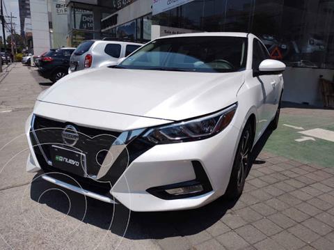 Nissan Sentra Version usado (2020) color Blanco precio $335,000