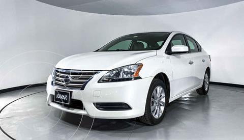 foto Nissan Sentra Advance Aut usado (2015) color Blanco precio $174,999