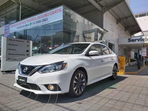 Nissan Sentra Version usado (2017) color Blanco precio $245,000